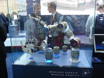 Schunck Roboterarm und Hand